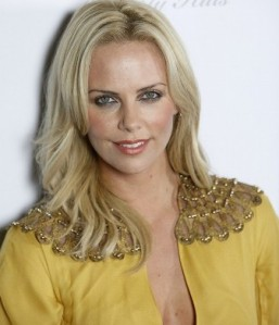 Popshow Charlize Theron